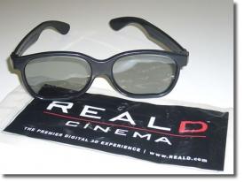 Очки с поляризационными фильтрами, используемые в системе RealD