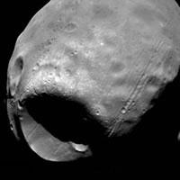 Как спутник Марса Фобос стал похожим на «Звезду Смерти» — исследование могущее спасти Землю…