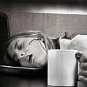 Бодрящий эффект кофе — иллюзия. Кофе бодрит, а точнее возвращает в норму, лишь кофемана…