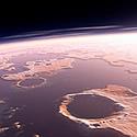 Температура на Марсе: сейчас в среднем -50 °С, а вот миллиарды лет назад были комфортные +18 °С (результаты анализа метеорита с Марса)…
