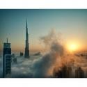 Фото небоскребов Дубая в тумане