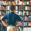 """Польза чтения:  чем больше ребенок читает дома """"для удовольствия"""", тем выше его успехи в школе — вклад чтения оказался даже весомее, чем уровень образования родителей"""